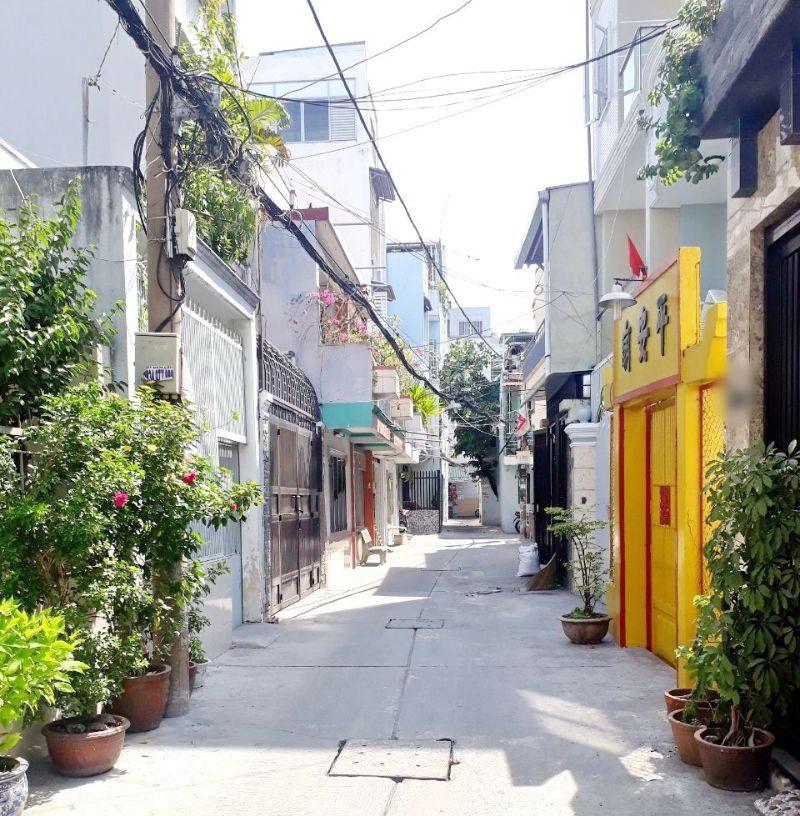 Những căn nhà này giúp mọi người có lối đi trước nhà rộng rãi hơn