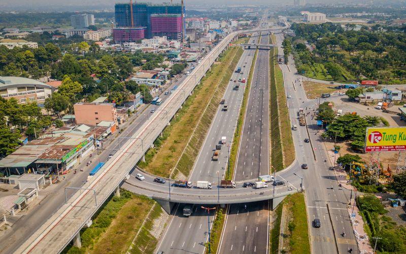 Xa lộ Hà Nội là trục đường kết nối TPHCM - Biên Hòa - Bình Dương